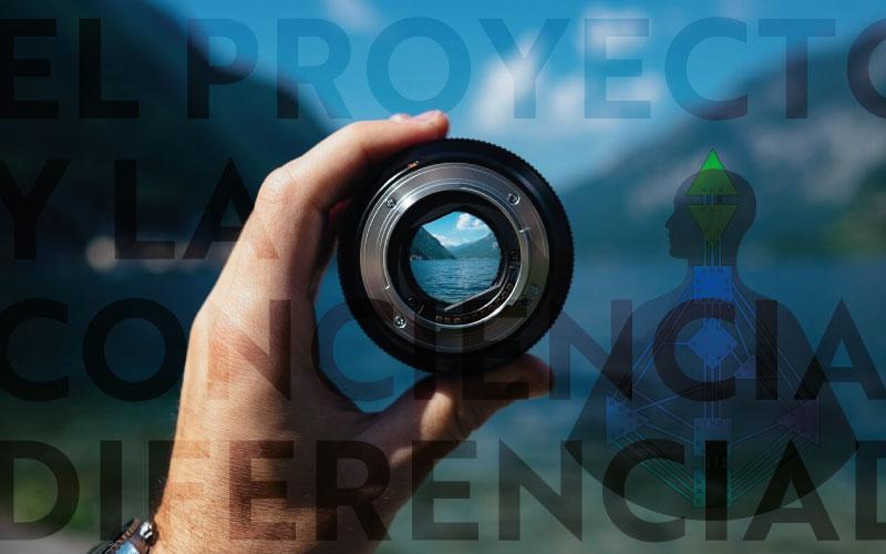 Proyector y conciencia diferenciada